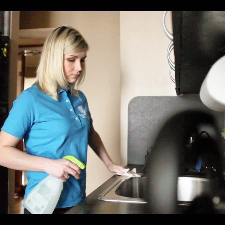 how Housekeeping services NYC like Luxury Cleaning NY works?